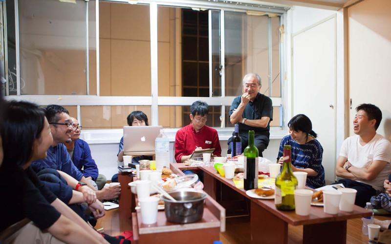 トキワビルの交流会の様子(写真:福島健士).jpg